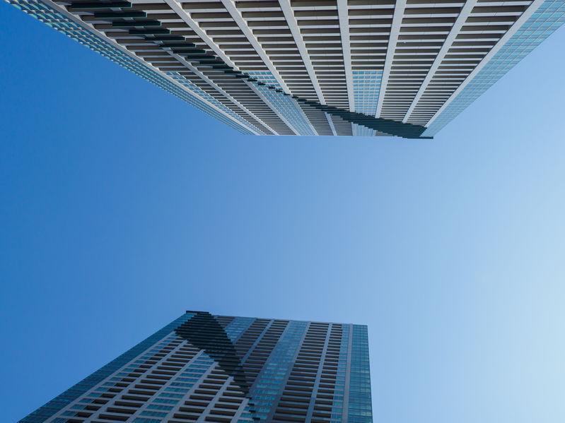 契約前に知っておきたいタワーマンションの低層階、高層階のデメリットとは
